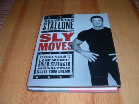 Sylvester Stallone : SLY MOVES