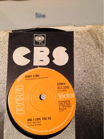 PERRY COMO.     LOVE LOOKS SO GOOD ON YOU.    VG+
