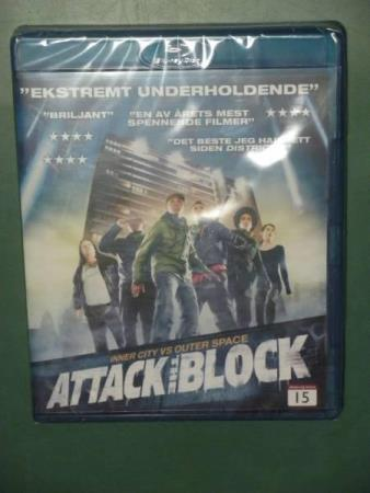 ATTACK THE BLOCK Jodie Whittaker, Nick Frost, John Boyega...