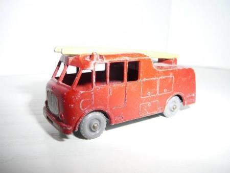 Merryweather Marquis Fire Engine - Matchbox Lesney No. 9c