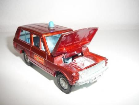 Range Rover Fire Chief Car - Dinky Toys No. 195