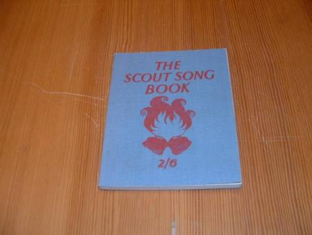 THE SCOUT SONG BOOK 2/6