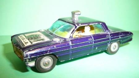 Oldsmobile Super 88 - Corgi Toys No. 497