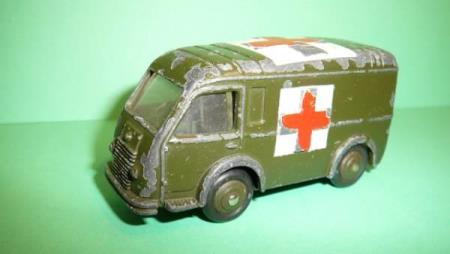 Ambulance Militaire - French Dinky Toys No. 80F