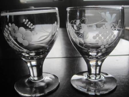 ADOLF  HETVINSGLASS  -