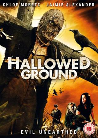 HALLOWED GROUND (2007) (JAIMIE ALEXANDER) (DVD) - Larvik - PENT BRUKT !!! ENGELSK UTGAVE OG INGEN TEKST ! Gory supernatural horror from director David Benullo in which a woman finds herself stranded in a town with an evil history. After arriving in the small town of Hope when her car breaks down, Liz Cha - Larvik