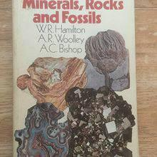 The Hamlyn Guide to Minerals, Rock and Fossils. 1974.