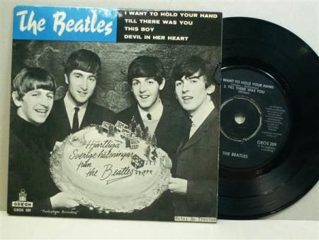 "THE BEATLES:  I Want To Hold Your Hand  7"" - EP"