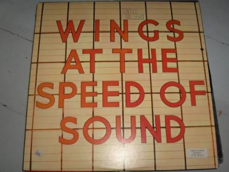 Wings :     Wings At The Speed Of Sound