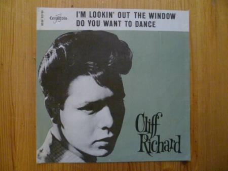 Cliff Richard : I`m lookin`out the window